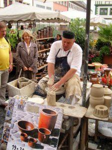 Vorführung auf dem Töpfermarkt Weimar