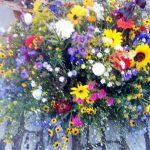 Blumenstrauß auf dem Weimarer Zwiebelmarkt